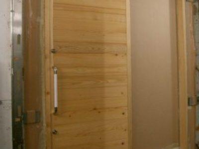 新しいかたちの「木製玄関引き戸」断熱測定実施。