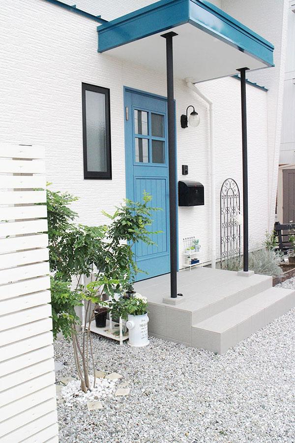 ユダ木工の青い木製玄関ドア ヨーロピアン玄関ドアシリーズ