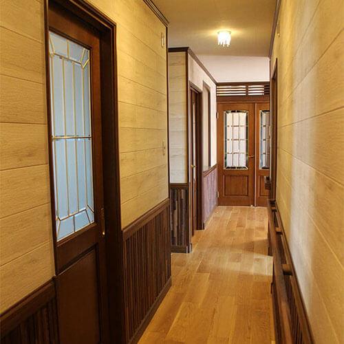長崎F様邸 クラッシックなサザンアッシュ木製室内ドア