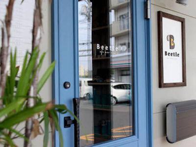 愛車Beetleと夏とハワイ!「好き」が詰まった、ワクワクする美容室。