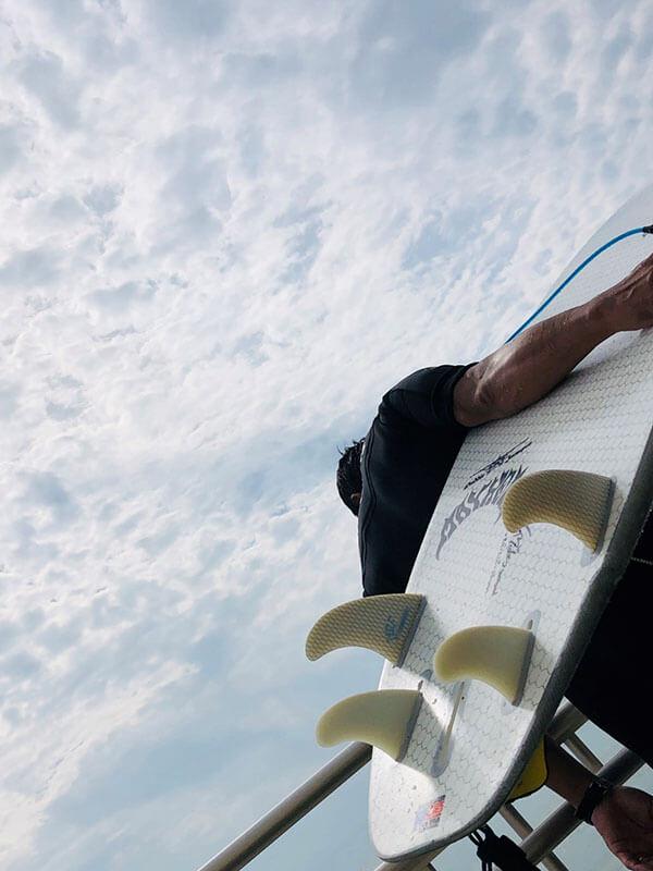 趣味はサーフィン
