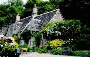 工芸職人の技と伝統が受け継がれる、イギリス・コッツウォルズの風景